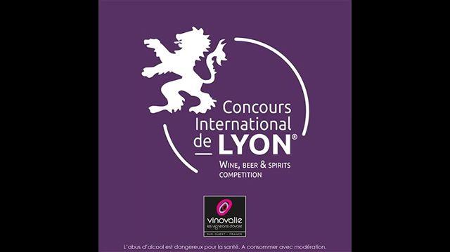 🏅 MÉDAILLES⠀ 26 vins de Vinovalie ont été récompensés au Concours International de Lyon 2020 !⠀ ⠀ 👏Bravo à toutes les femmes et tous les hommes qui ont travaillé avec passion pour produire nos vins : viticulteurs, oenologues, maîtres de chais, techniciens viticoles...⠀ ⠀ Tous les vins médaillés : lien en bio⠀ ⠀ #vinovalie #vin #wine #winelover #winemaker #ConcoursdeLyon #medailles #fieretheureux #aopfronton #aopgaillac #aopcahors #wineaddict #tarani #tauzies #terreo #demonnoir #cooperative