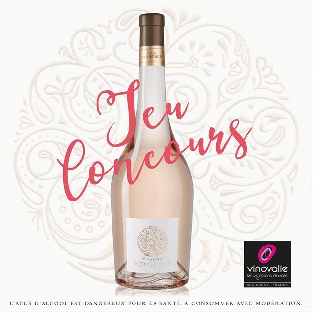 //CONCOURS//⠀ Vous connaissez notre nouveau rosé ! ⠀ 🌟 Le VIGNOBLE SOULÉDRÉ 🌟⠀ ⠀ 🎉 Pour fêter sa sortie et le soleil qui revient, nous vous proposons de gagner 3 bouteilles de cette nouvelle cuvée !⠀ ⠀ Pour cela rien de plus simple :⠀ 🔸 Commentez ce post ⠀ 🔸 Taguez un ou plusieurs amis avec qui vous aimeriez partager cette bouteille !⠀ 🔸 Aimez le compte Instagram de Vinovalie⠀ 🔸 Tout cela avant mercredi 10 juin midi !⠀ ⠀ Vous avez également une chance de gagner sur Facebook !⠀ ⠀ Tirage au sort mercredi 10 juin 🗳! Bonne chance à tous !⠀ ⠀ L'abus d'alcool est dangereux pour la sante, à consommer avec modération.⠀ ⠀ #rosé #aopfronton @vindefronton #souledre #vignoblesouledre #vinovalie #negrette #winelover #concours #wineaddict #winemaker #cooperative #soleil #ete2020 #ete ⠀ ⠀ Règlement du concours : https://buff.ly/3eVGoYW